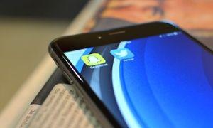 iPhone text crash bug hits Twitter and Snapchat