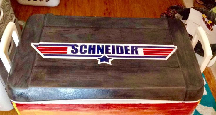 Top gun fraternity cooler painting