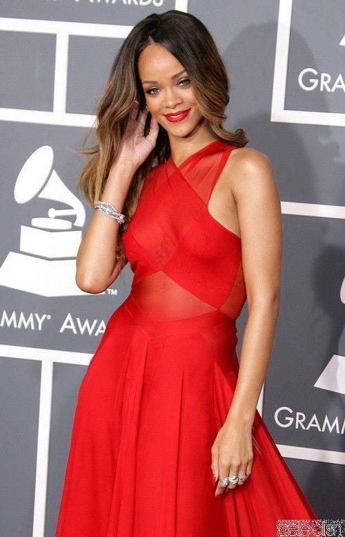 17 best ideas about Rihanna Red Dress on Pinterest | Rihanna ...