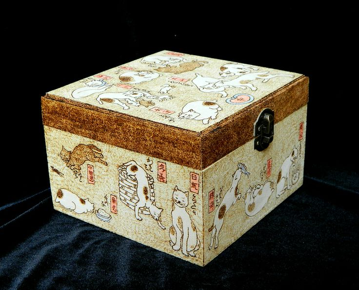 Cute Kuniyoshi Cats pyrography wooden jewelry box from Silver threads and golden needles by DaWanda.com