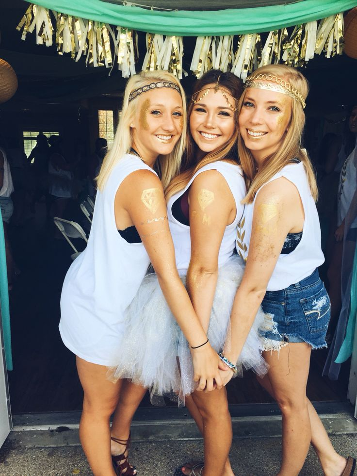 If you're going to go Greek, then be a goddess. Alpha Sigma Tau Phi bid day 2016