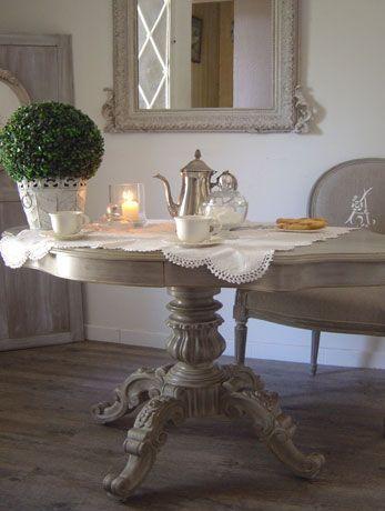 477 best patine images on Pinterest Buffets, Closets and - moderniser des vieux meubles