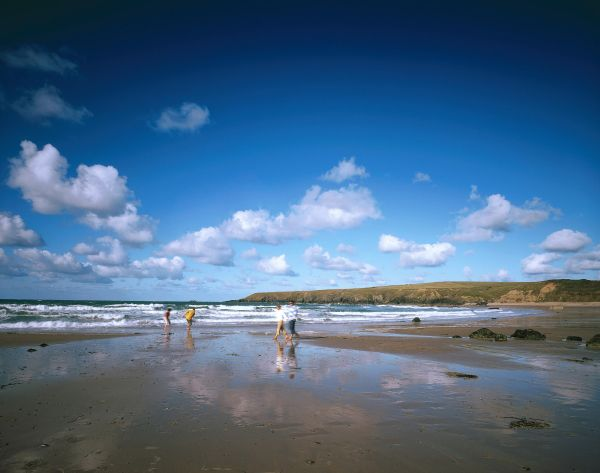 The UK's Most Romantic Beaches: Whistling Sands in Porthor, Wales