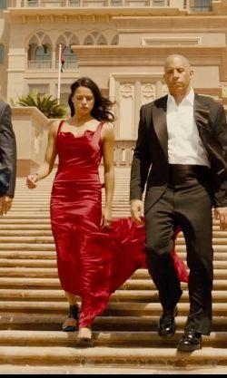 Red dress furious 7 super