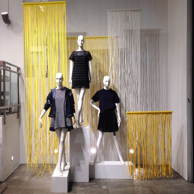 "JOHN JEFFREY,NYC, ""Rope, paint and blisters"", display by John Galang, pinned by Ton van der Veer"