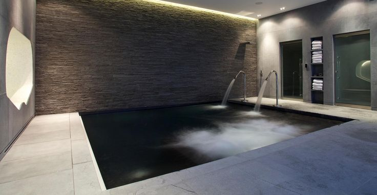 Basement spa pool, London Gardens Pools\outdoor showers