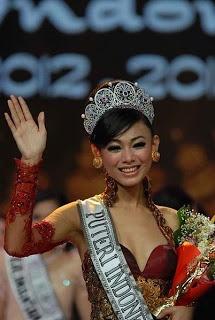 Whulandary Herman (lahir di Pariaman, 26 Juni 1989; umur 23 tahun) adalah pemenang kontes Puteri Indonesia 2013 perwakilan dari Sumatera Barat. Ia merupakan Puteri Indonesia kedua yang berasal dari Sumatera Barat, setelah Melanie Putria, yang meraih mahkota pada tahun 2002. Wulan juga akan berkesempatan untuk mewakili Indonesia dalam ajang Miss Universe 2013.