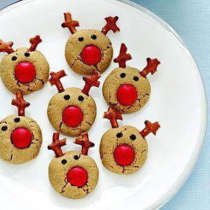 Reindeer peanut butter bitesChristmas Parties, Reindeer Cookies, Chocolates Chips, Christmas Cookies, Rudolph Reindeer, Cookies Recipe, Peanut Butter Cookies, Pb Cookies, Peanut Butter
