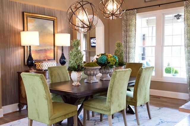 Loving the #lightfixtures in this posh dining room! Show us your favorite…