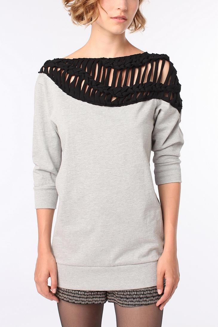 ecote macrame trim sweatshirt $54Sweatshirts Diy, Macrame Trim, Clothing Macrame,  T-Shirt, Diy Clothing, Trim Sweatshirts, Macrame Fashion, Sweatshirts Ideas, Ecote Macrame