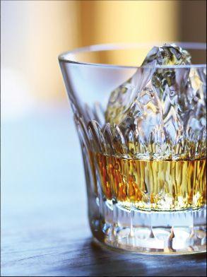 響×バカラ タンブラー24を詳しくご紹介 ウイスキー関連グッズ【サントリーグッズバー】