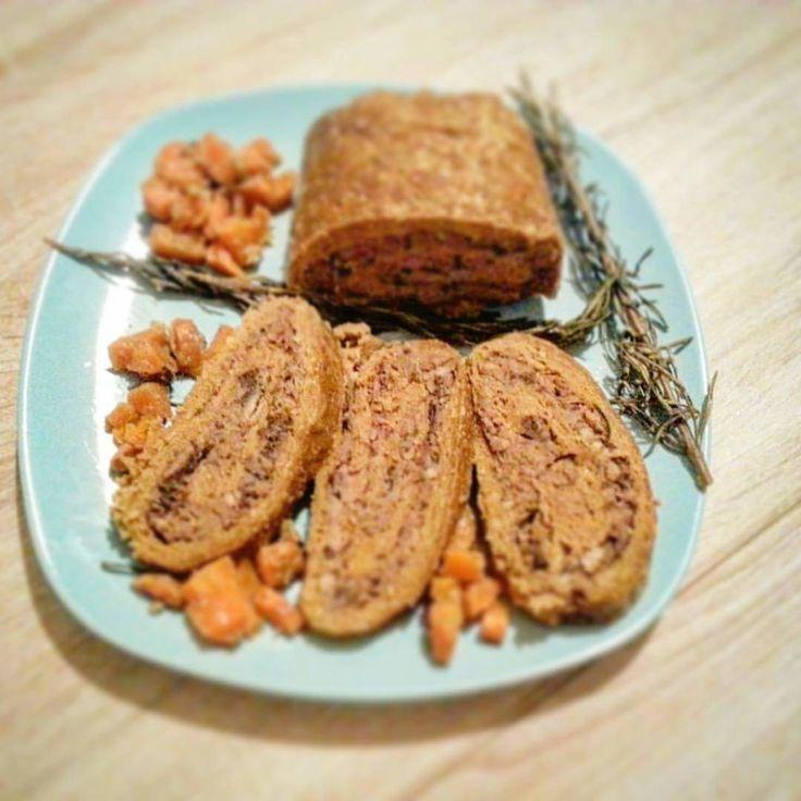 Polpettone veg proteico con ripieno di crema di castagne e funghi | Veganly.it - Ricette vegane dal web
