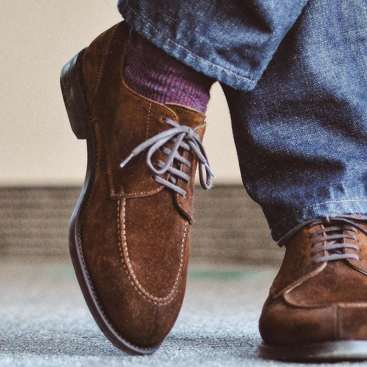 Close up on 4 from my previous post since Im wearing it today. @berwick1707_official via @leatherhealer @japanbluejeans 601 and @pantherellasocks. Flat lace swap from @afinepairofshoes. . . . #berwick1707 #japanblue #fadefriday #selvedge #sockgame #dailylast #goodyearwelt #rakish #rakishgent #classicmenswear #stylishmen #menstailoring #stylishgent #madetobeworn #styleforum #mensshoes #mnswr #shoeshine #shineyourshoes #shoegazing #ptoman #shoegazingblog #shoesoftheday #shoestagram…