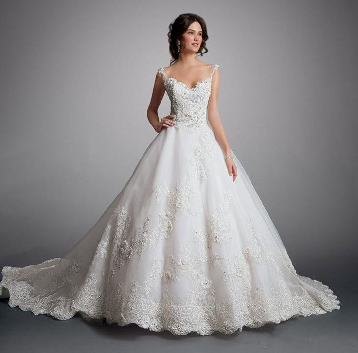 Ball Gown Appliques Wedding Dress Lace Bridal Gown Custom Made 2 4 6 8 10 12 14+