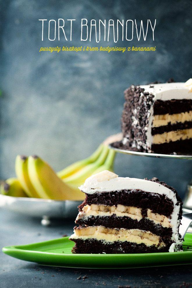 Dark Chocolate and Banana Cream Layer Cake with Whipped Cream and Crushed Oreo Frosting | Kwestia Smaku.