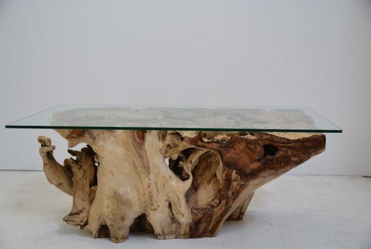 Slovensky-Italiano-English  Stôl vyrobený z jedného kusu teakového dreva je majstrovskou kombináciu prírody a moderného dizajnu. Zachované prírodné farby ponúkaného tovaru zdôrazňujú...