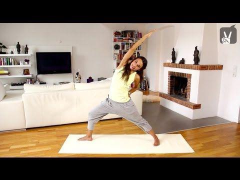 20 min: Yoga für Anfänger: Core Programm für Bauch und Taille