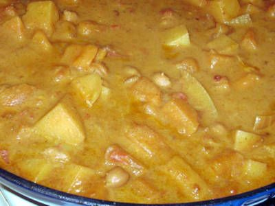 Chickpea & Potato Curry - A deliciously creamy vegetarian curry.