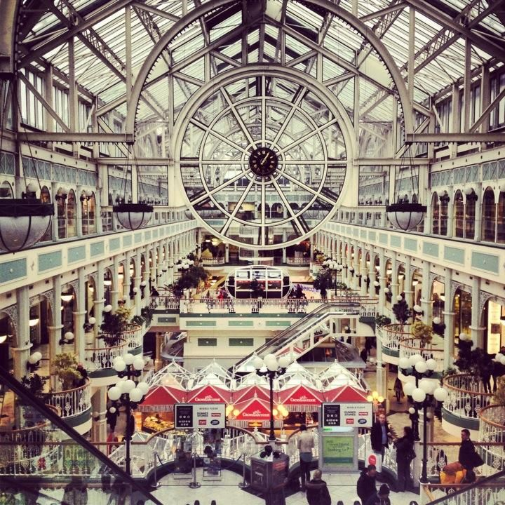 St Stephen's Green Shopping Centre - Need for souvenirs? Everything you can imagine can be found here #Dublin