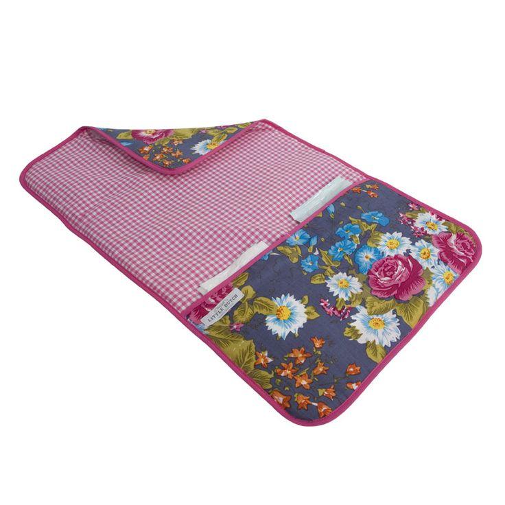 Little Dutch verschoningsmatje bloemen uit de online shop van Babyaccessoires.eu. In allerlei kleuren en prints.