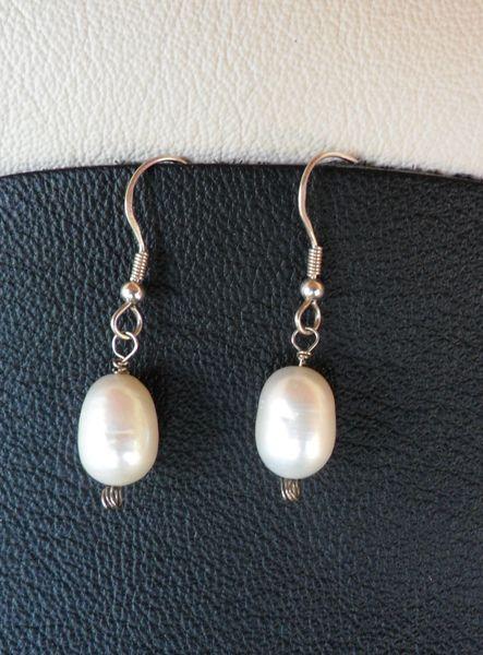 Orecchini argento 925 e perle di CerBys Gioielli su DaWanda.com