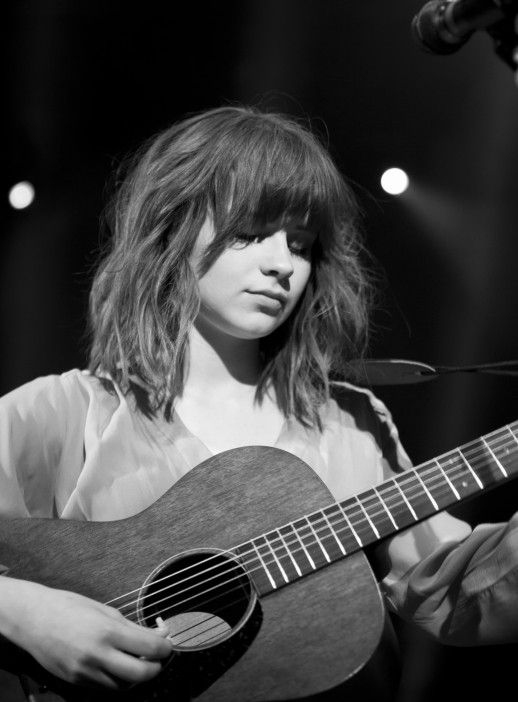 Gabrielle Aplin - Short hair
