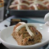 Hot Cross Buns – Cranberry and Orange by NOGLUTENS - gluten, dairy and corn free