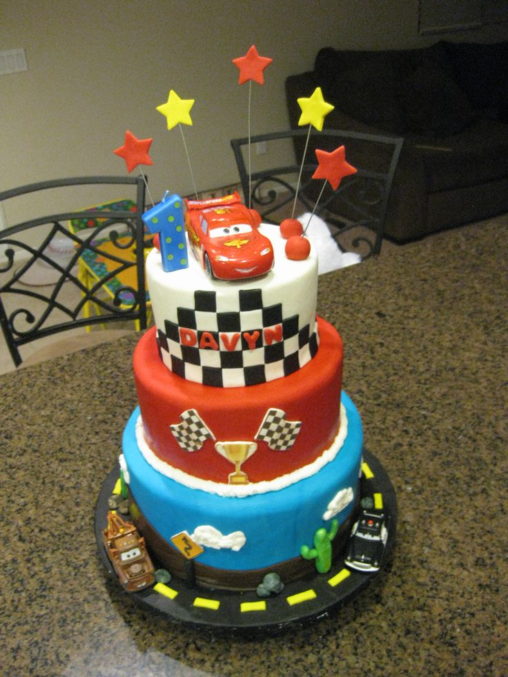 Cake Designs Disney Cars : 25+ best ideas about Disney cars cake on Pinterest ...
