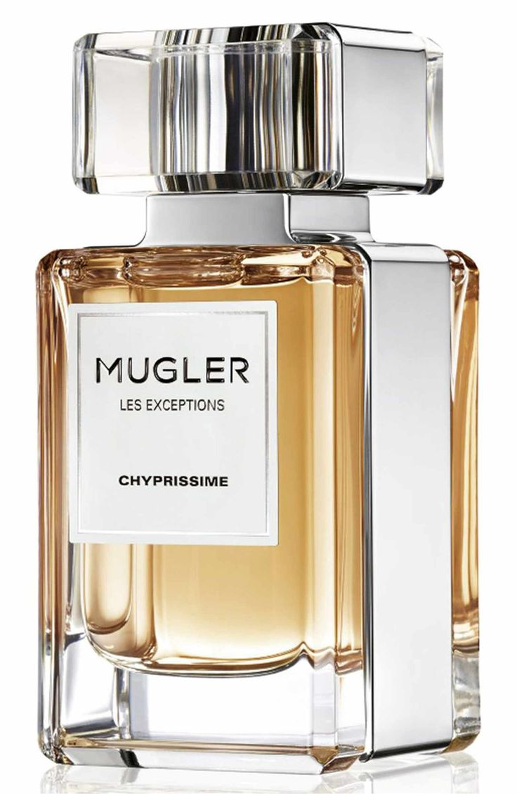Mugler Chyprissime is an elegant, radiant, sophisticated fragrance. The legendary chypre, a harmony of bergamot orange, oak moss and patchouli, is amplified by an unorthodox burst of dazzling pear. The surprising note transforms the classic chypre with a new brightness, creating a succulently sensual expression never experienced before.