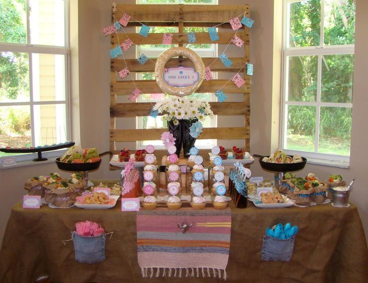 Cowgirl Theme Love The Table Cloth Party Ideas
