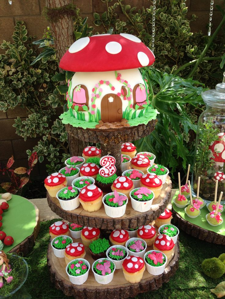 Images Of Toadstool Cakes