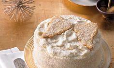 Eine leckere Kokoscreme und fruchtige Konfitüre zwischen Biskuit- und Knetteig für die weihnachtliche Kaffeetafel.