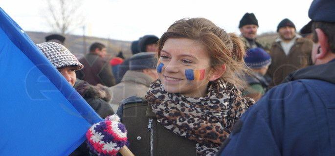 Ecaterina Comănescu, eroina de la Pungeşti http://ex-press.ro/exclusiv-ecaterina-comanescu-eroina-de-la-pungesti-foto-video/