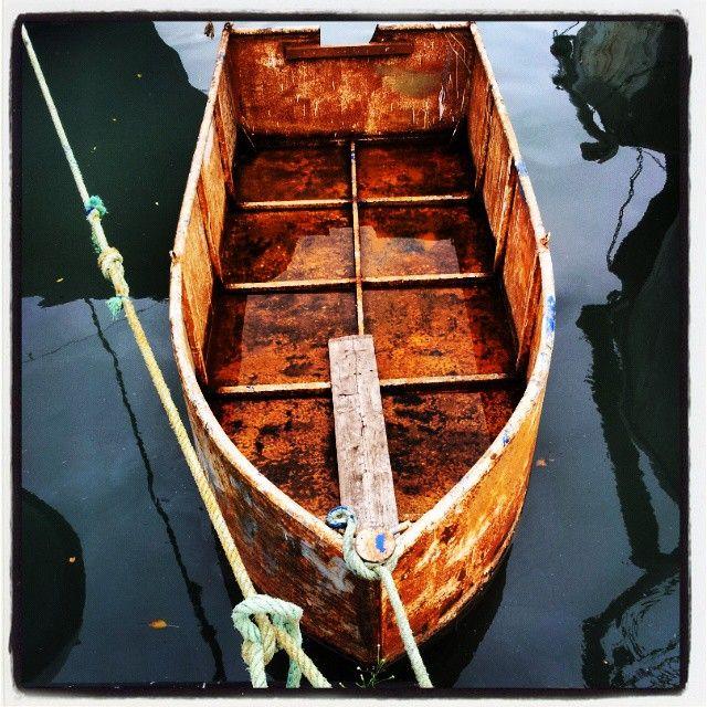 Rusty boat - Samsung Galaxy II - Instagram