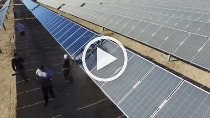 Technology Machine Washes Solar Panels, Provides Electricity For The City – FUNNY 9GAG LOL LMAO