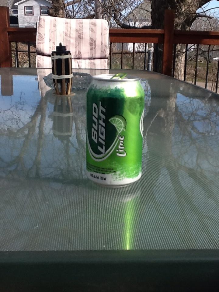 Bud light lime & sun on the deck! Summer agh :),