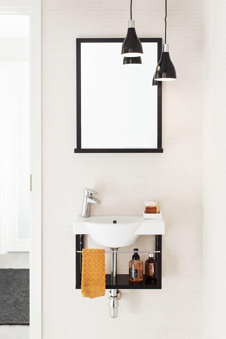 IDO Classic kokonaisuus #bathroom #bathroomdesign #interiordesign #homespa #scandinaviandesign #bathroomideas #bathroomsink #interiordecoration #toilet #sink #finnishdesign #bathroominspiration #ceramics #bathroomidea #tap #washbasin #fauset #sanitary #porcelain #interiorideas #shower #showerhead #toiletseat #exhibition