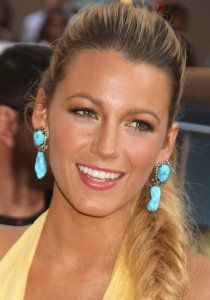 Blake Lively Plastic Surgery Before and After - http://www.celebsurgeries.com/blake-lively-plastic-surgery-before-after/