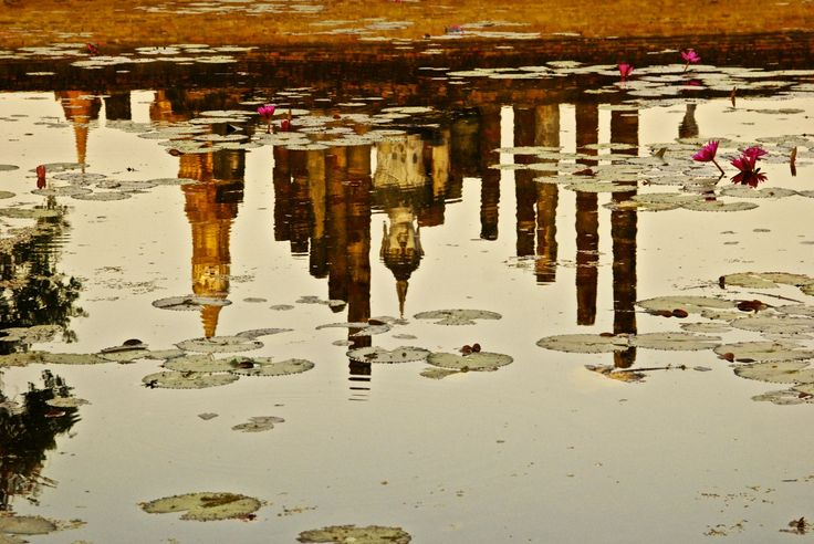 Water reflection of Buddha tempe Sukhothai