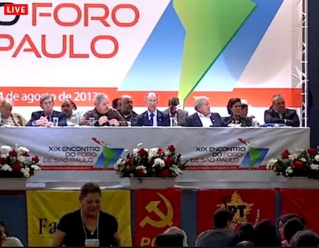 Foro de São Paulo faz nota sobre falecimento de Fidel Castro