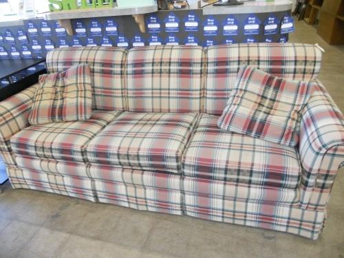Pennsylvania House Couch 45degreesdesign