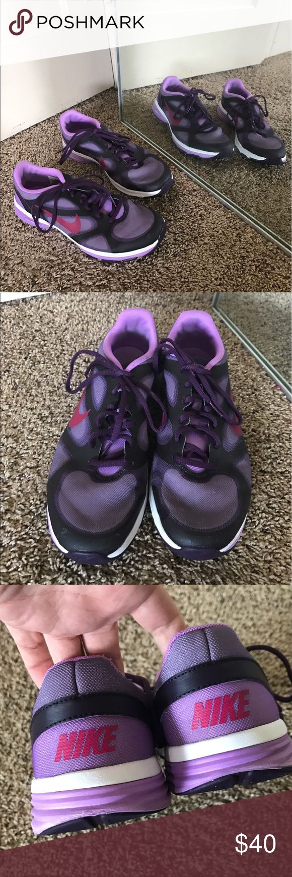 Nike athletic shoes In really good shape Nike Shoes