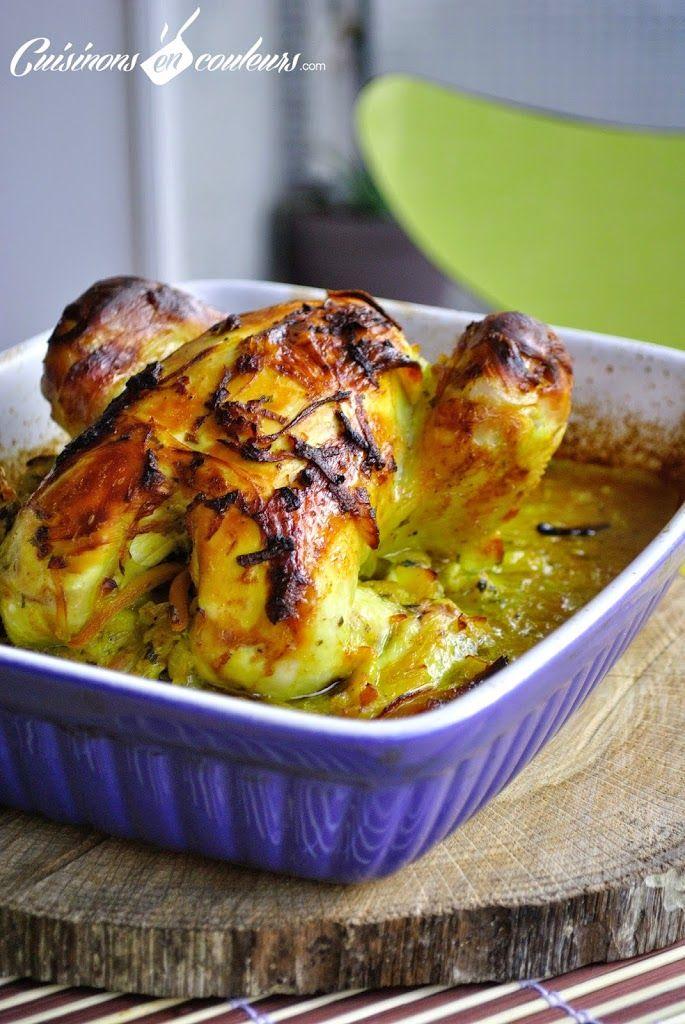 Voici un incontournable de la cuisine marocaine : le poulet mqualli. C'est un poulet qui est d'abord passé dans une cocotte avant de finir sa cuisson au four. Mqualli veut d'ailleurs dire «rôti» en arabe. Une recette basique et très simple avec les oignons et le citron confit. Vous pouvez y ajouter des olives violettesRead More
