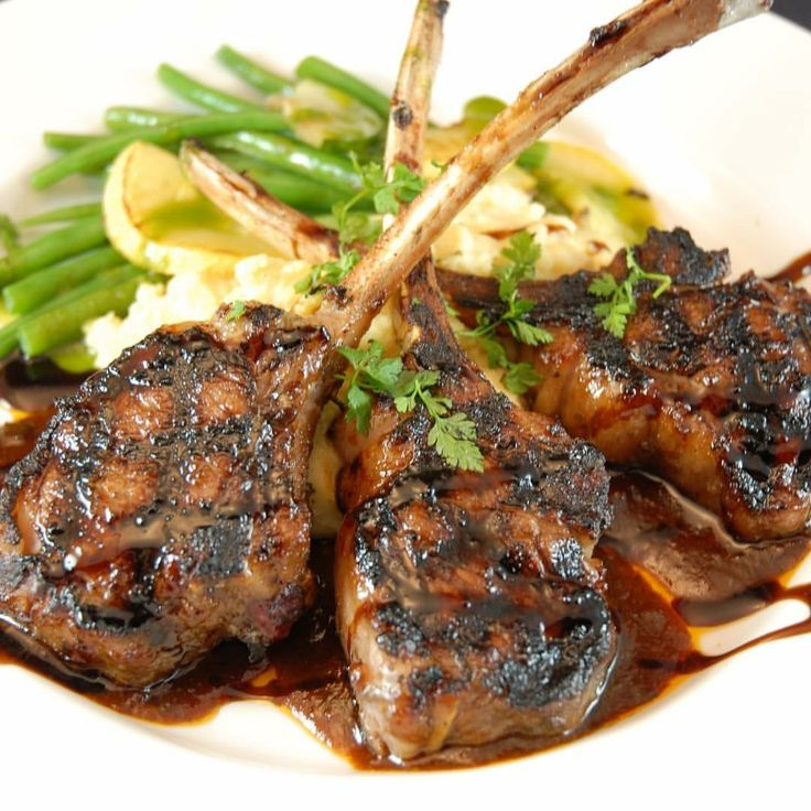 Wednesday's we introduce our Succulent Lamb Chops. Herb Roasted Lamb Chops, Garlic Redskin mashed potatoes with Gravy, Fresh Broccoli or Green beans and Texas style Garlic toast for only $9.99. :)
