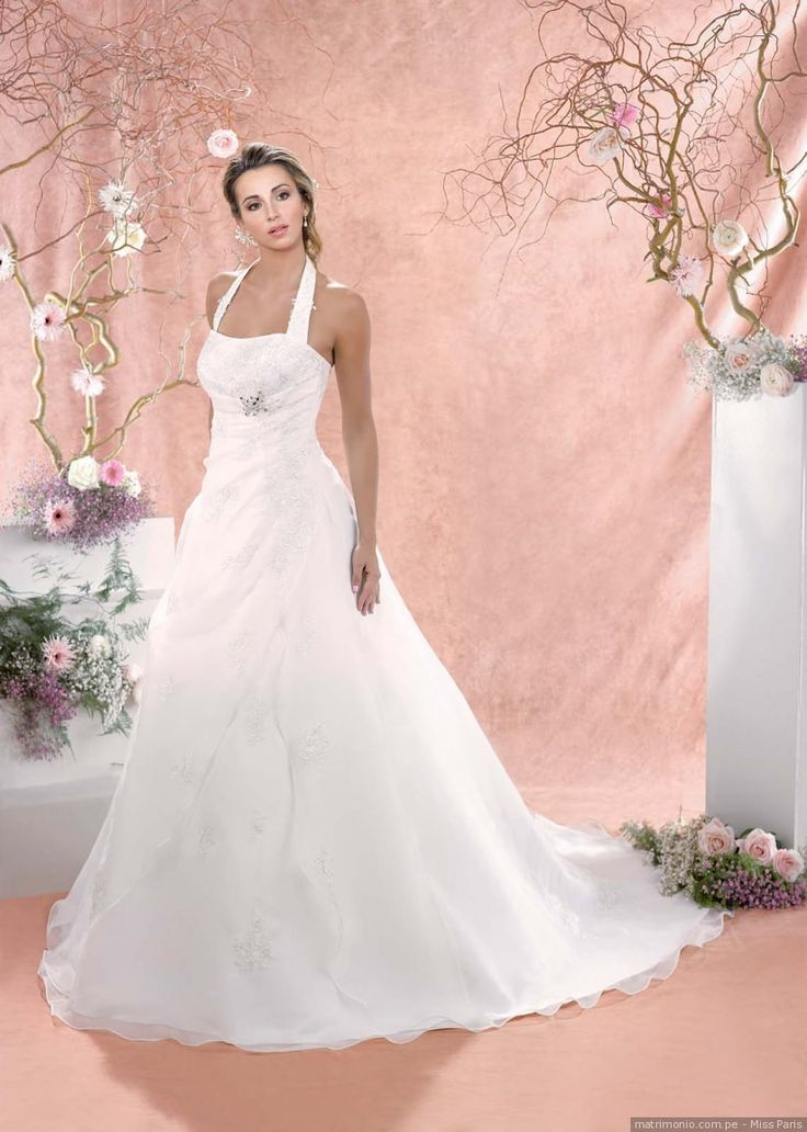 53 best Vestido de Noiva images on Pinterest | Bridal collection ...