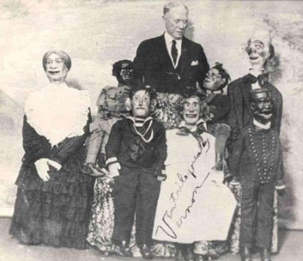 Le ventriloque anglais Jules Vernon et ses marionnettes assez angoissantes... 1934