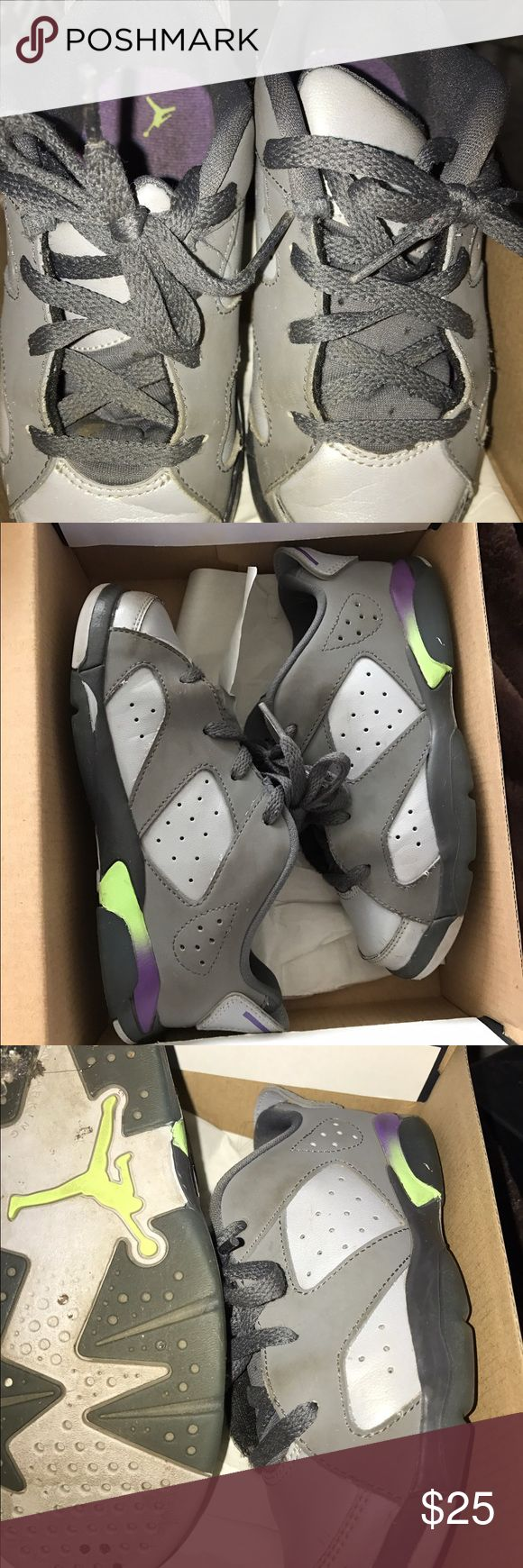 Jordan toddler sneakers Jordan toddler sneakers size 10,low top!used but still good enough for the next toddler 😊 Jordan Shoes Sneakers
