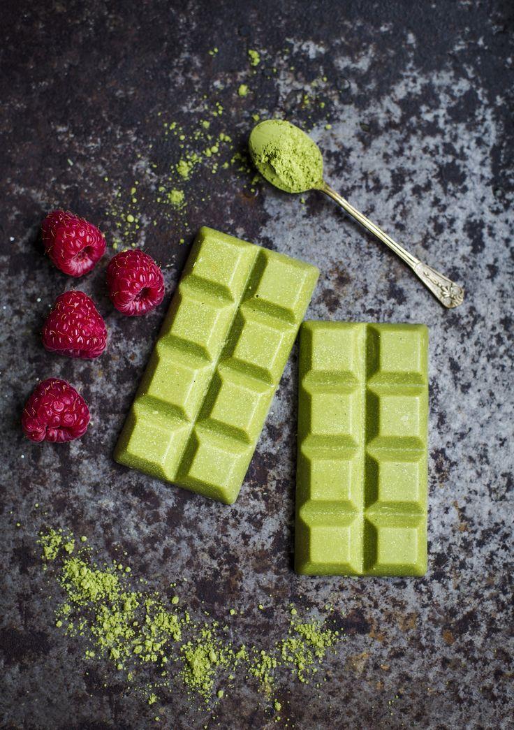 White Chocolate with Matcha & Lemon / Vit Choklad med Matcha-Te & Citron - Evelinas Ekologiska