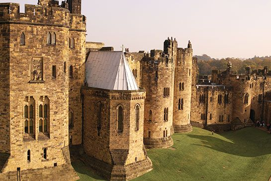 Alnwick Castle in Alnwick, Northumberland, UK - Used as the set of Hogwarts in the first two Harry Potter movies!