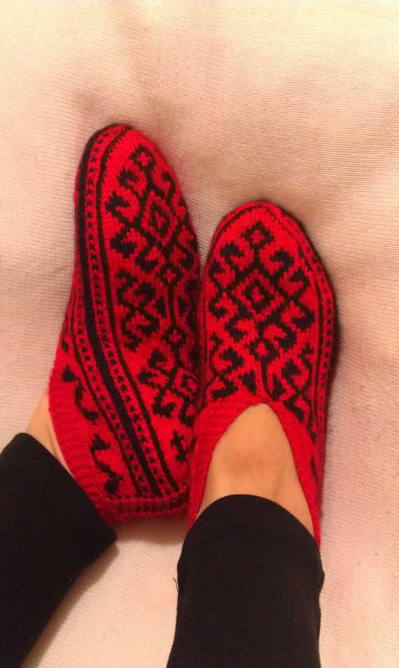 Hand Knitting Home Slippers / Handmade Slippers / Red by alevduzen, $21.00